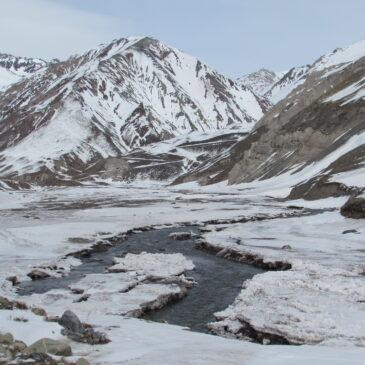 Trekking y Campamento Termas Valle de Colina