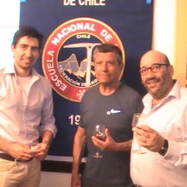 Reconocimiento al profesor Jose Luis Guzmán