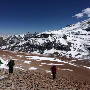 Cerro Pintor y Cancha de Carreras