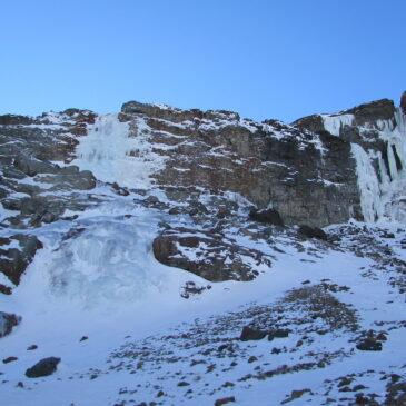 Cascada Congelada de Yerba Loca