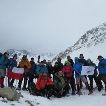 Termas Valle de Colina Con Raquetas de Nieve