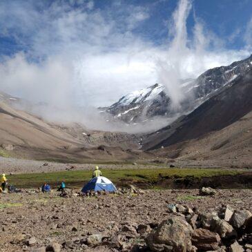 Piedra Numerada con Campamento